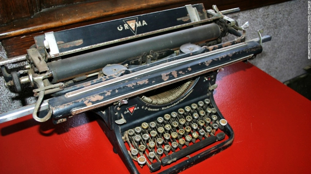 Hitlers Typewriter-Encyclopedia of Alabama